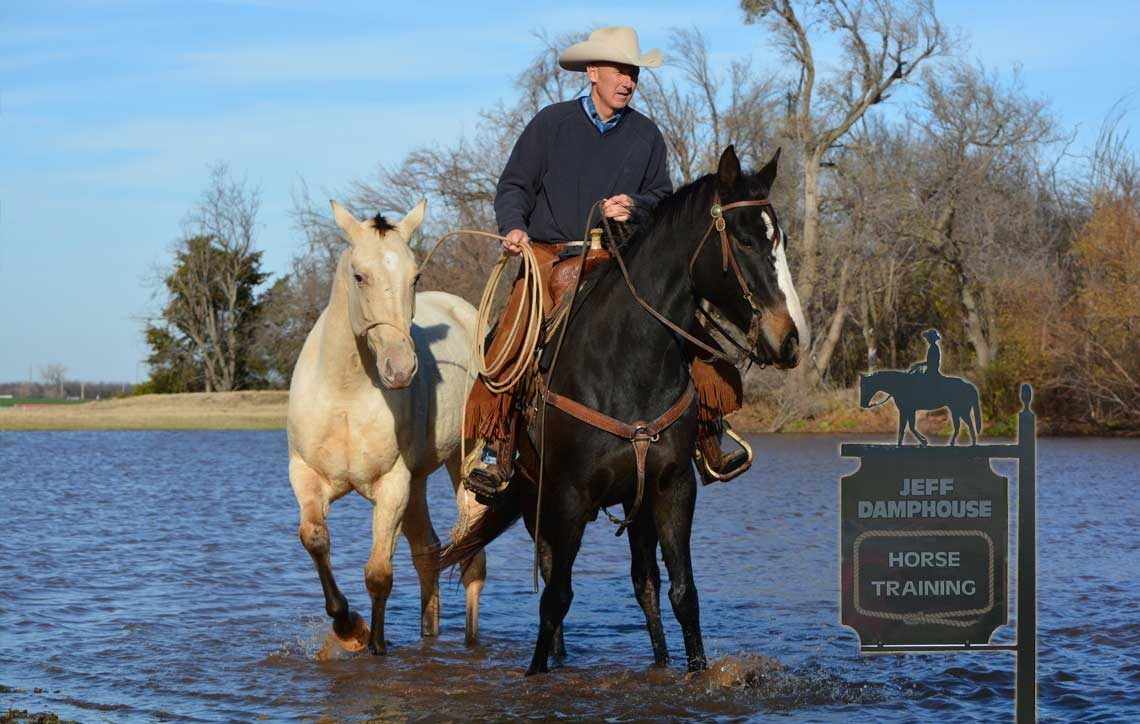 Horse trainer providing horse training lessons in Oklahoma